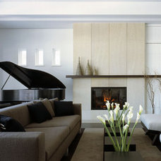Contemporary Living Room by TEA2 Architects