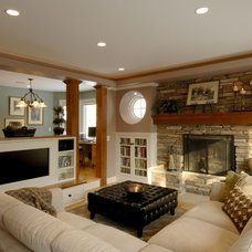 Living Room by Lake Country Builders