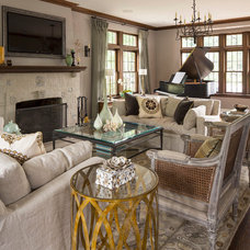 Traditional Living Room by Renae Keller Interior Design, Inc.