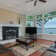 Traditional Living Room by A. Perry Homes