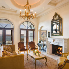 mediterranean living room by Sendero Homes