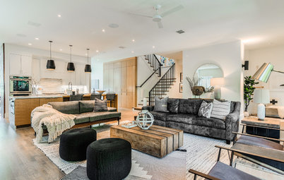 Houzz Tour: Organic Modern Style for Off-Season Relaxing