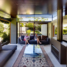 Modern Living Room by Join Constructions
