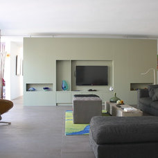 Modern Living Room by Interior Issues Interieurarchitect Rotterdam