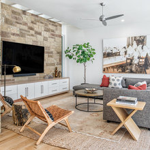 Houzz Tour: Spec Home in Austin Gets a Personal Touch
