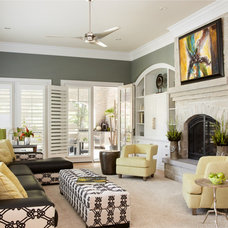 Transitional Living Room by R.E.A Homes