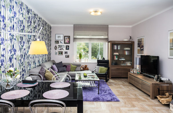 Eclectic Living Room by Home Staging