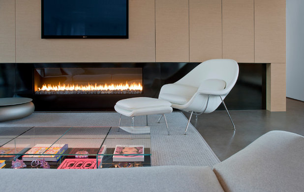 Ribbons of fire 10 artfully minimalist fireplaces for Minimalist living checklist
