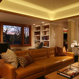 Inspiration for a timeless living room remodel in Chicago with beige walls