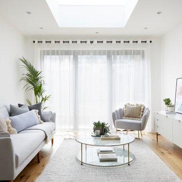 Light and Calm Apartment