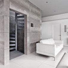 Industrial Living Room by AR Design Studio Ltd