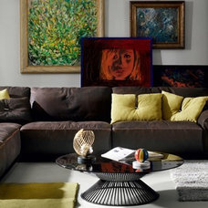 Contemporary Sectional Sofas by IL Decor