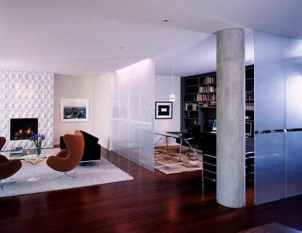 Modern Living Room by Morlen Sinoway Atelier