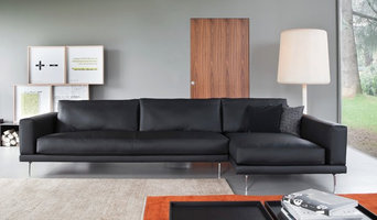 Link Sectional w/ Chaise Leather