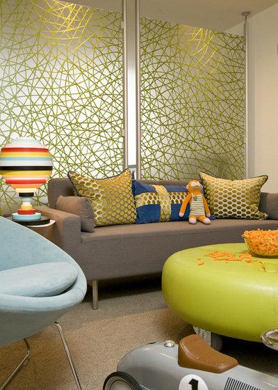 Contemporary Living Room by FRAME design co.