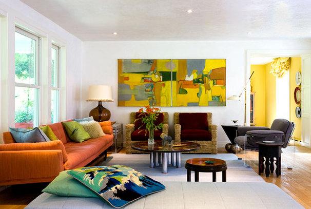 Modern Living Room by Irwin Weiner Interiors