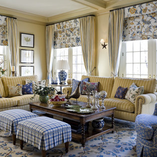 Inspiration for a timeless living room remodel in New York with yellow walls