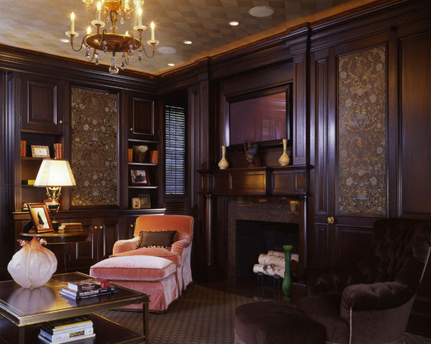 Traditional Living Room by Woodmeister Master Builders