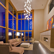 modern living room by Begrand Fast Design Inc.