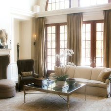Traditional Living Room by Brian Watford ID