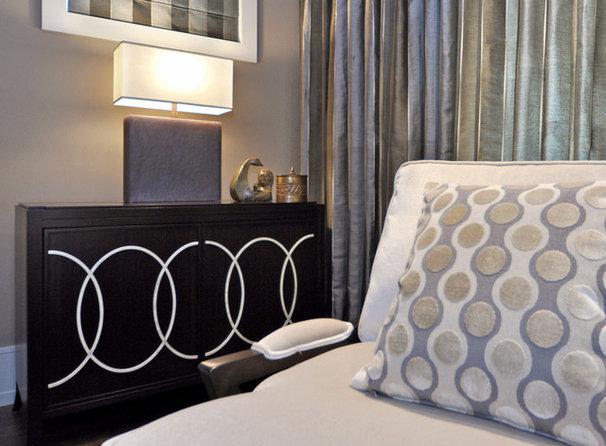 Transitional Living Room by Bruce Johnson & Associates Interior Design