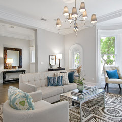 traditional living room by Cardea Building Co.