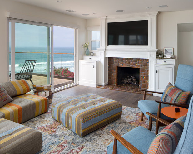 Beach Style Living Room by Design Studio West