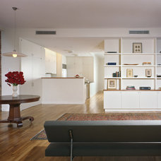 Modern Living Room by Denise DeCoster Architect