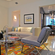 Eclectic Living Room by B.Design