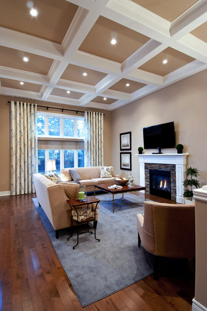 Traditional Living Room by Decorating Den Interiors - Dianne Wallis