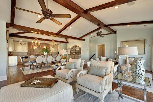 Traditional Living Room by Echelon Custom Homes