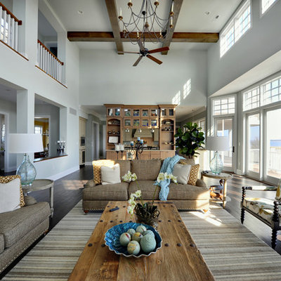 Inspiration for a timeless living room remodel in Philadelphia with blue walls