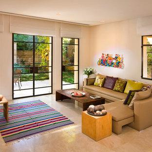 Ispirazione per un grande soggiorno design con pavimento in marmo