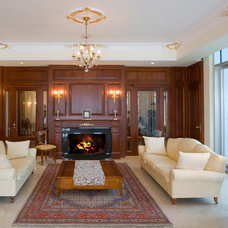 Traditional Living Room by Elad Gonen