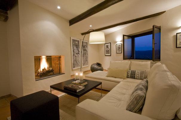 Mediterranean Living Room by Ernesto Santalla PLLC