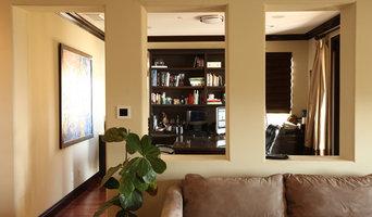 Living room featuring EL-825