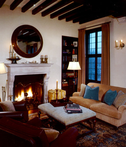 traditional living room by Giambastiani Design