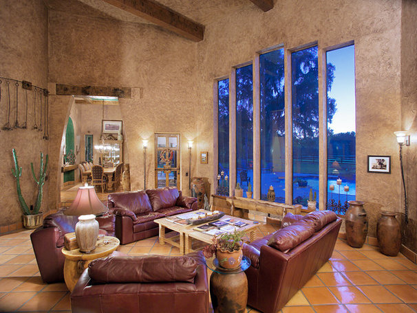 Southwestern Living Room by Gritton & Associates Architects
