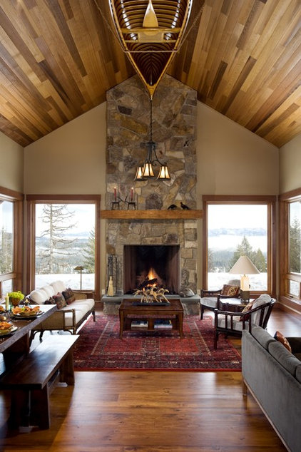 Rustic Living Room by Hendricks Architecture