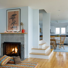 Modern Living Room by HP Rovinelli Architects