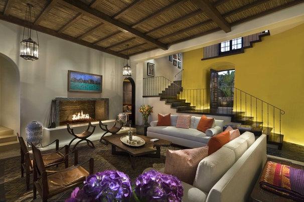 Tropical Living Room by Ike Kligerman Barkley