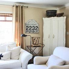 Living Room by Jennifer Grey Interiors
