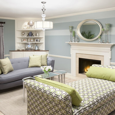 Inspiration for a timeless living room remodel in Chicago with blue walls