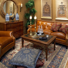 Traditional Living Room by Kimberly Rennerfeldt Interior Design LLC