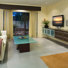 Contemporary Living Room by KuDa Photography