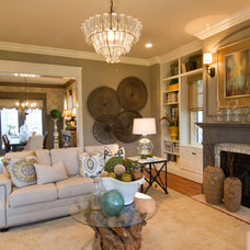 Traditional Living Room by Leslie Lewis & Associates
