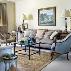 Living Room by Liz Williams Interiors