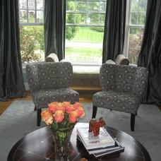Modern Living Room by LME Designs
