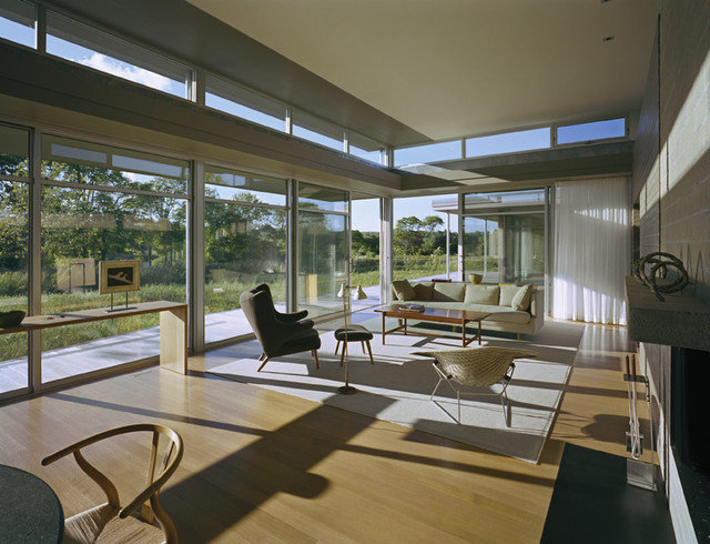 Contemporary Living Room by Maryann Thompson Architects
