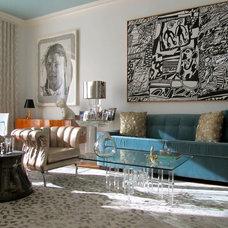 Contemporary Living Room by Nicole Freezer Rubens